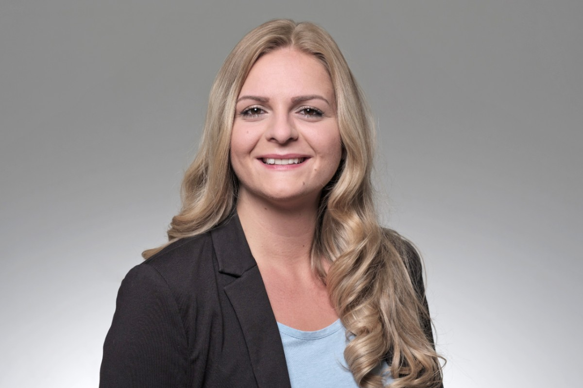 Suzana Mlivoncic Client Service Officer